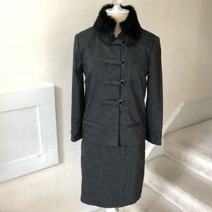 Nicole Miller Dress Suit w/ Rabbit Fur Collar EUC